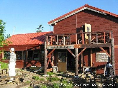 スゴ乗越の山小屋