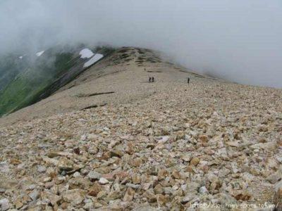 薬師岳山荘への下山路